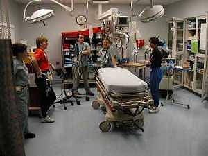 Na značky: traumatým ED Akron očekává příjezd pacienta s podazřením na úraz páteře